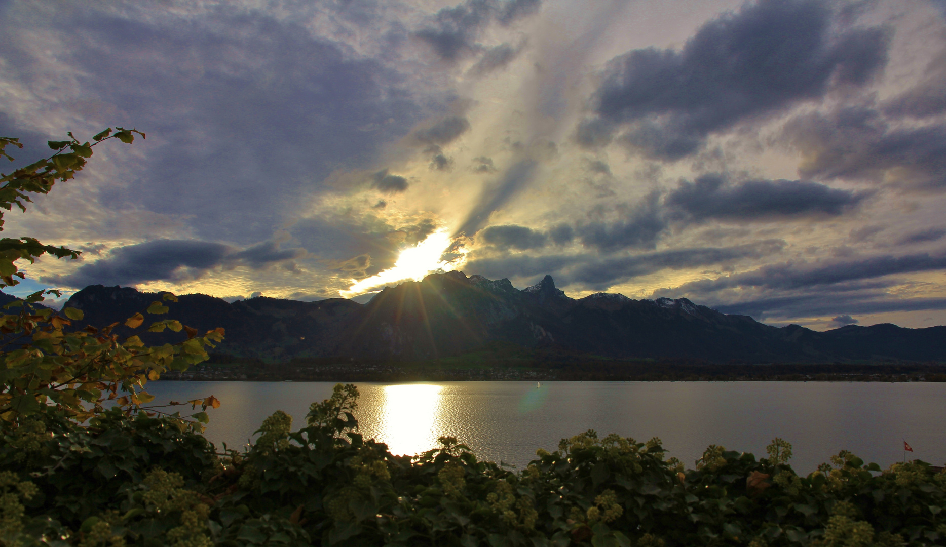 Lago di Thun a Hilterfingen by Thun
