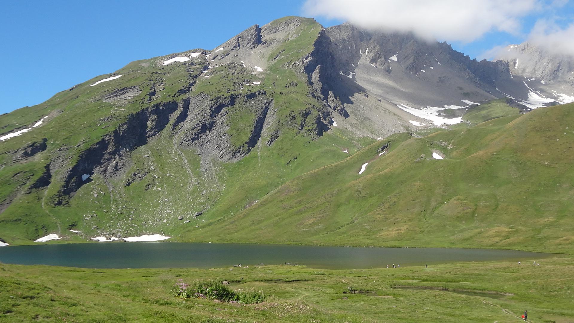 Lago Verney, presso il Passo del Piccolo San Bernardo.