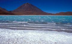 Laguna Verde und Vulkan Licancabur