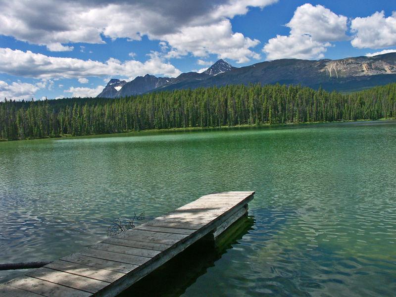 ... lake near Jasper ...