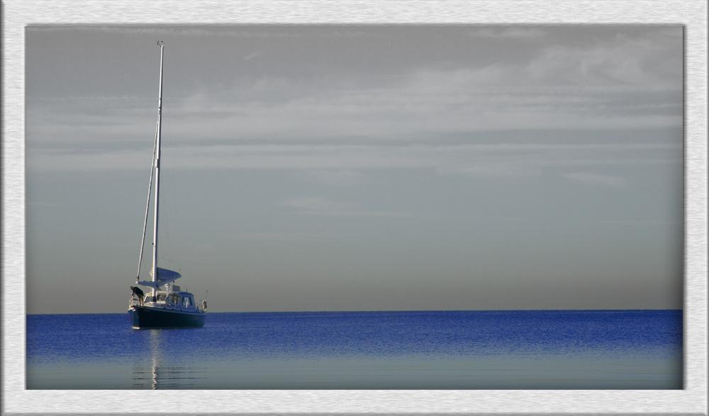 Lake Ontario-Sailing boat-silence