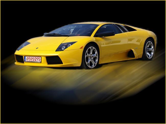 Lamborghini in gelb