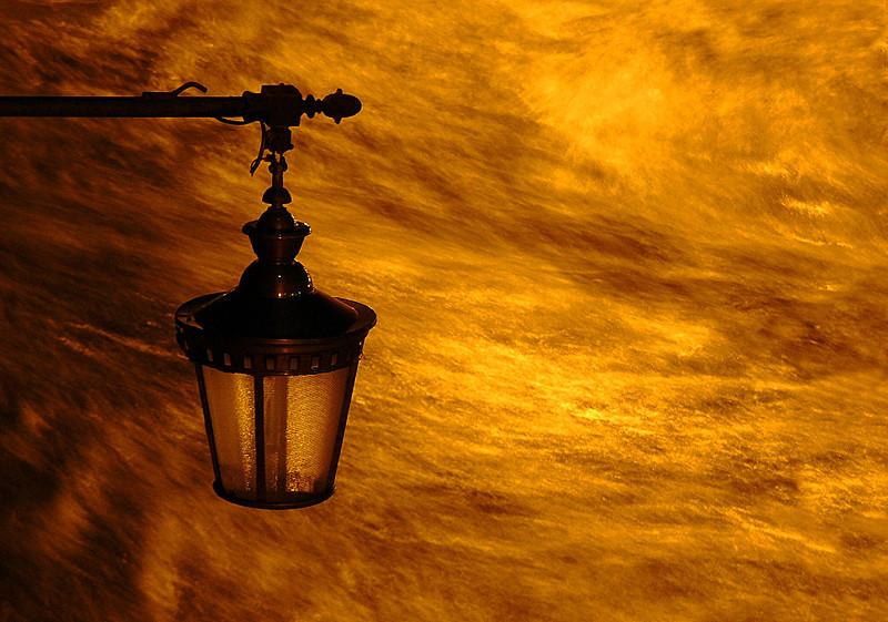Lampione sul Tevere- notte-