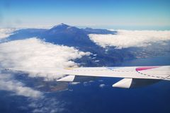 Landeanflug auf Teneriffa mit Blick auf den Teide [more pics: www.a-k.de]