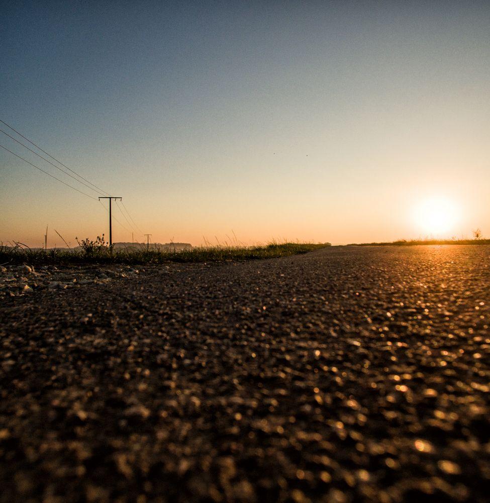 landing, sun, street