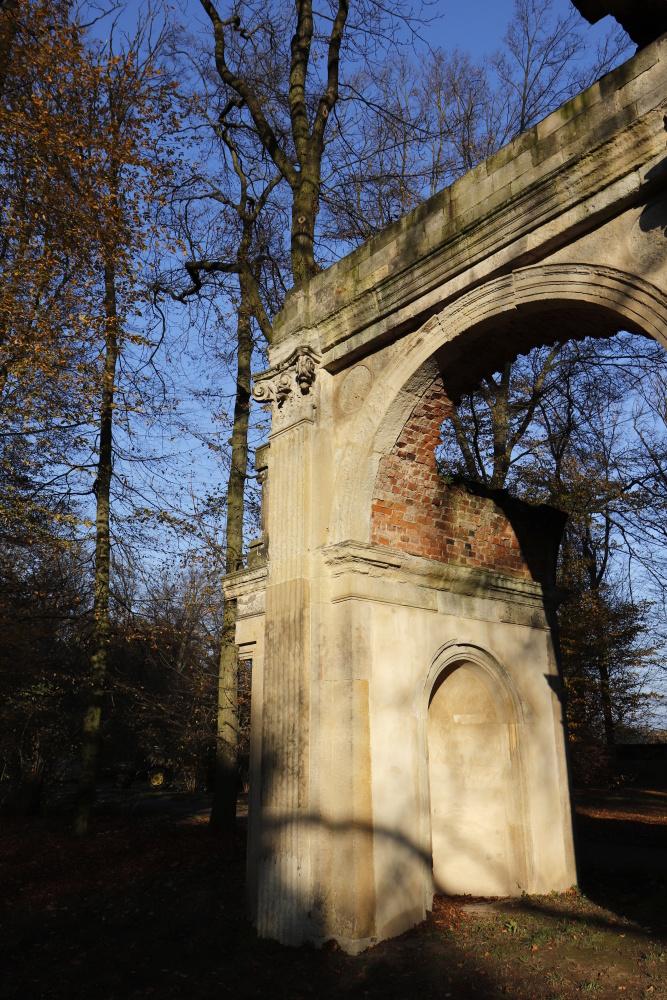 "Landscape garden ""Luisium"" - Roman ruin - image 4"