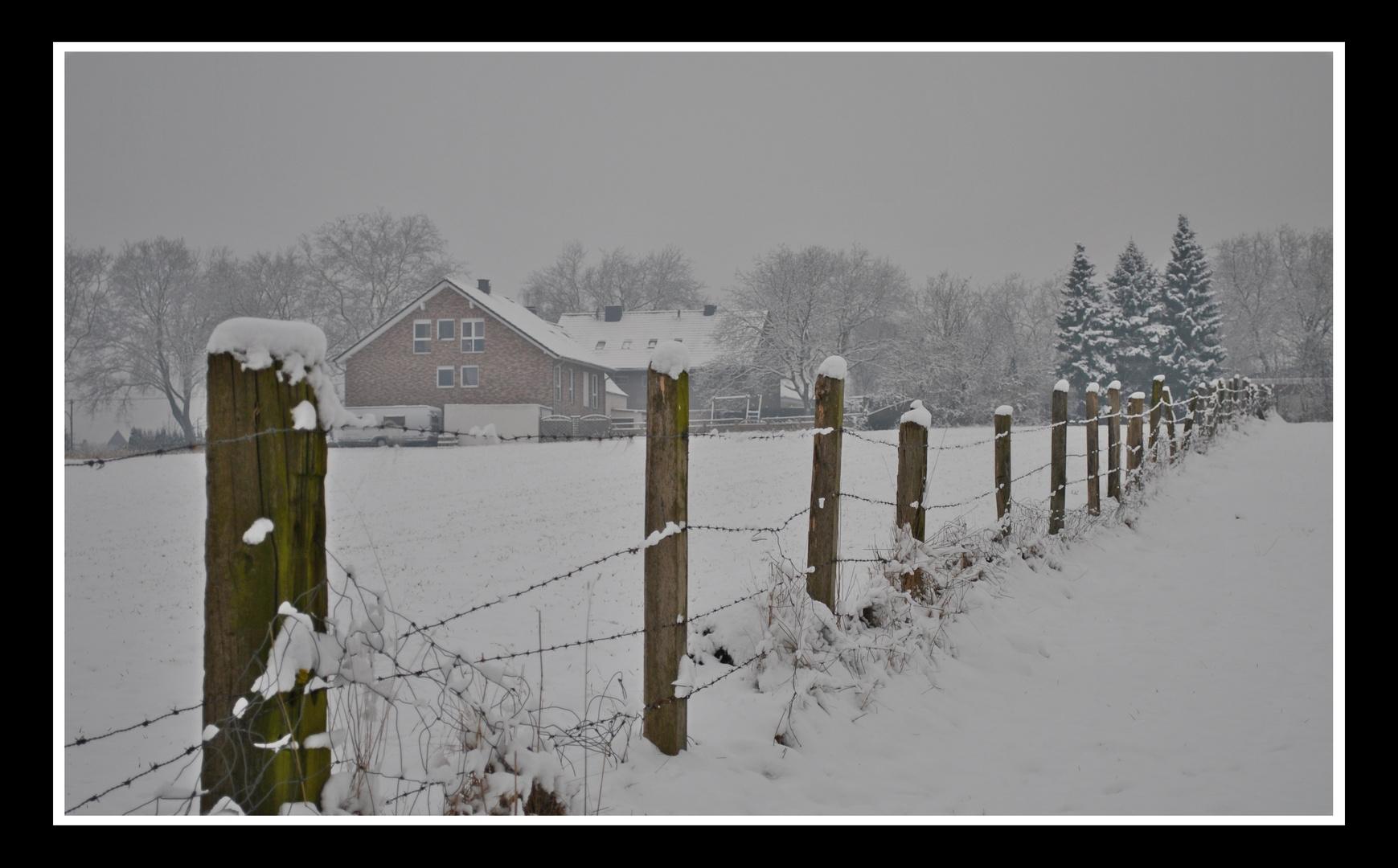 ... Landschaft im Schnee ...