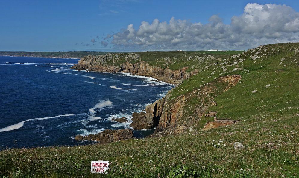 Landsend - dangerous cliffs