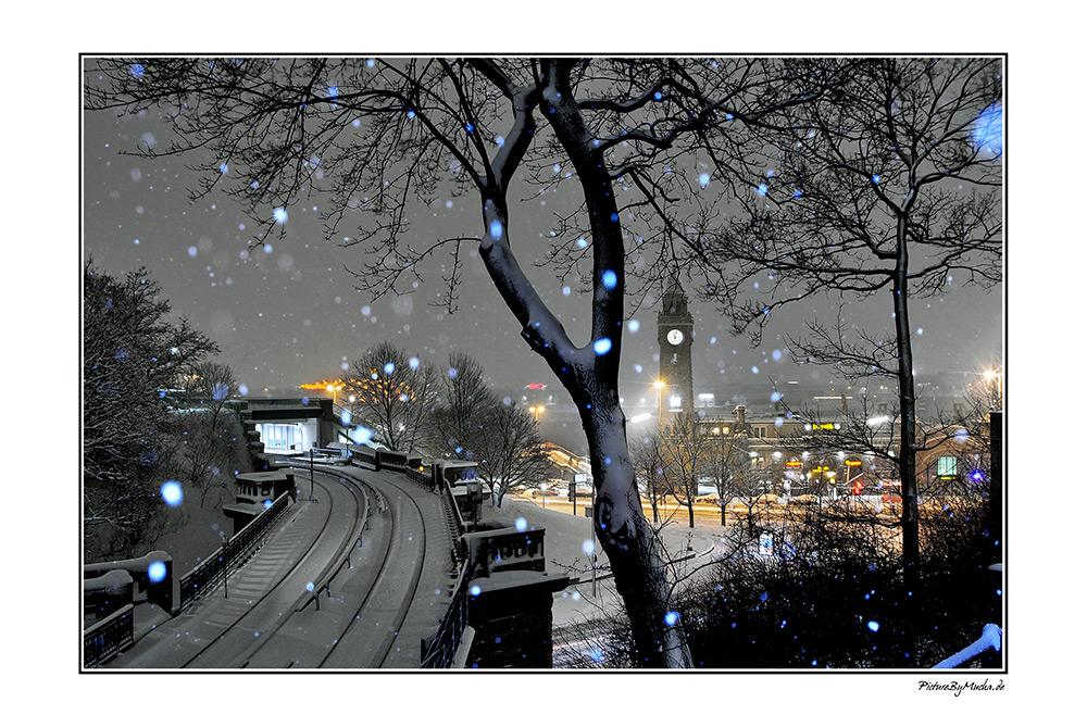 Landungsbrücken im Winter