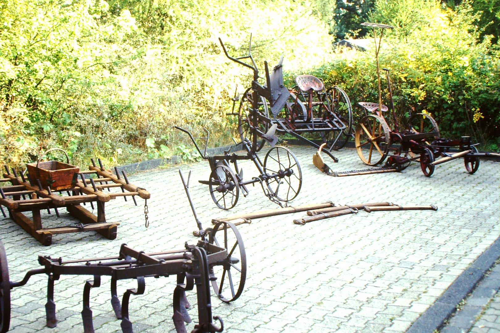 Landwirtschaftliche Geräte von früher