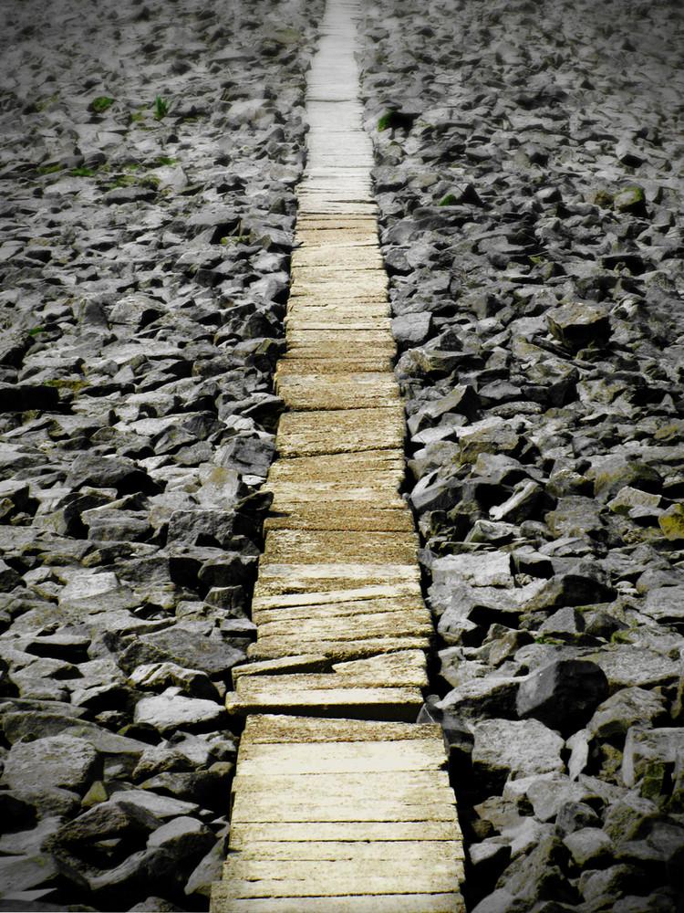 Langer, steiniger Weg