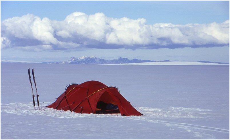 Langjökull - rotes Zelt 1