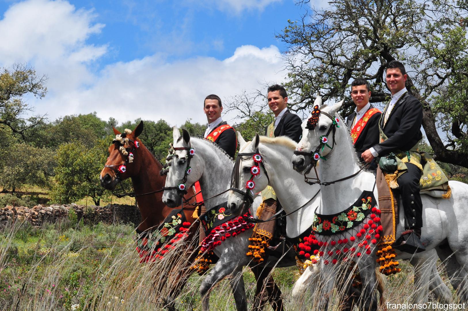 Lanzaores de la Romeria de San Benito 2012... Cerro de Andevalo