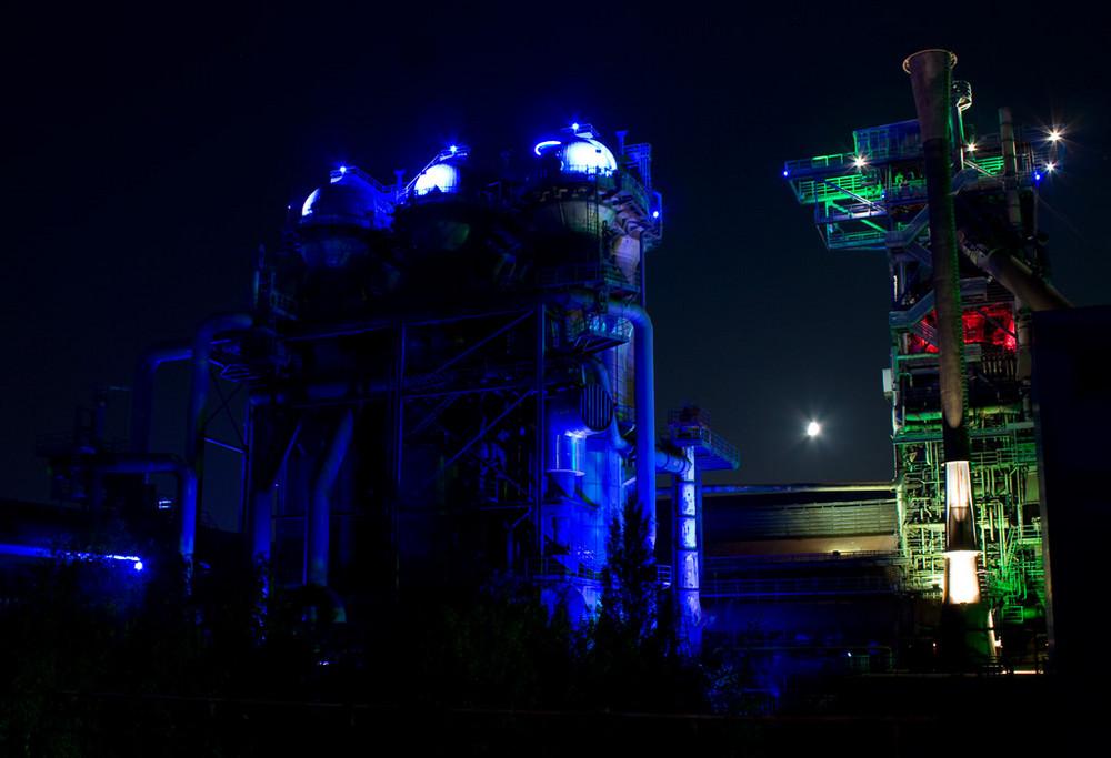 LaPaDU in DU by Night