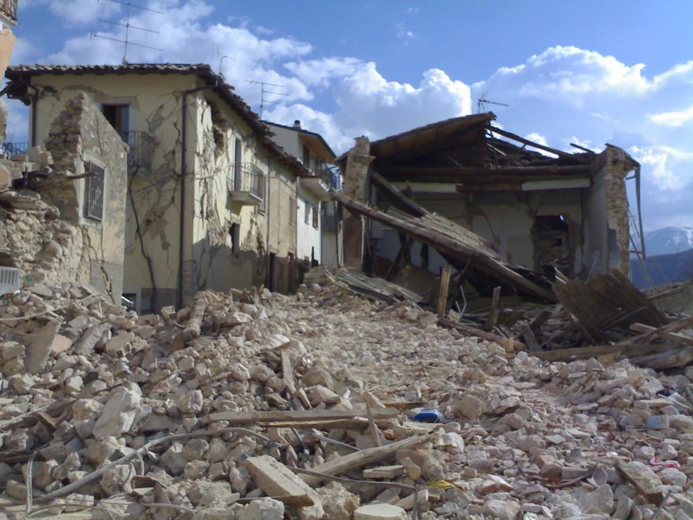 L'Aquila - Abruzzo (Italia) ...06/04/2009