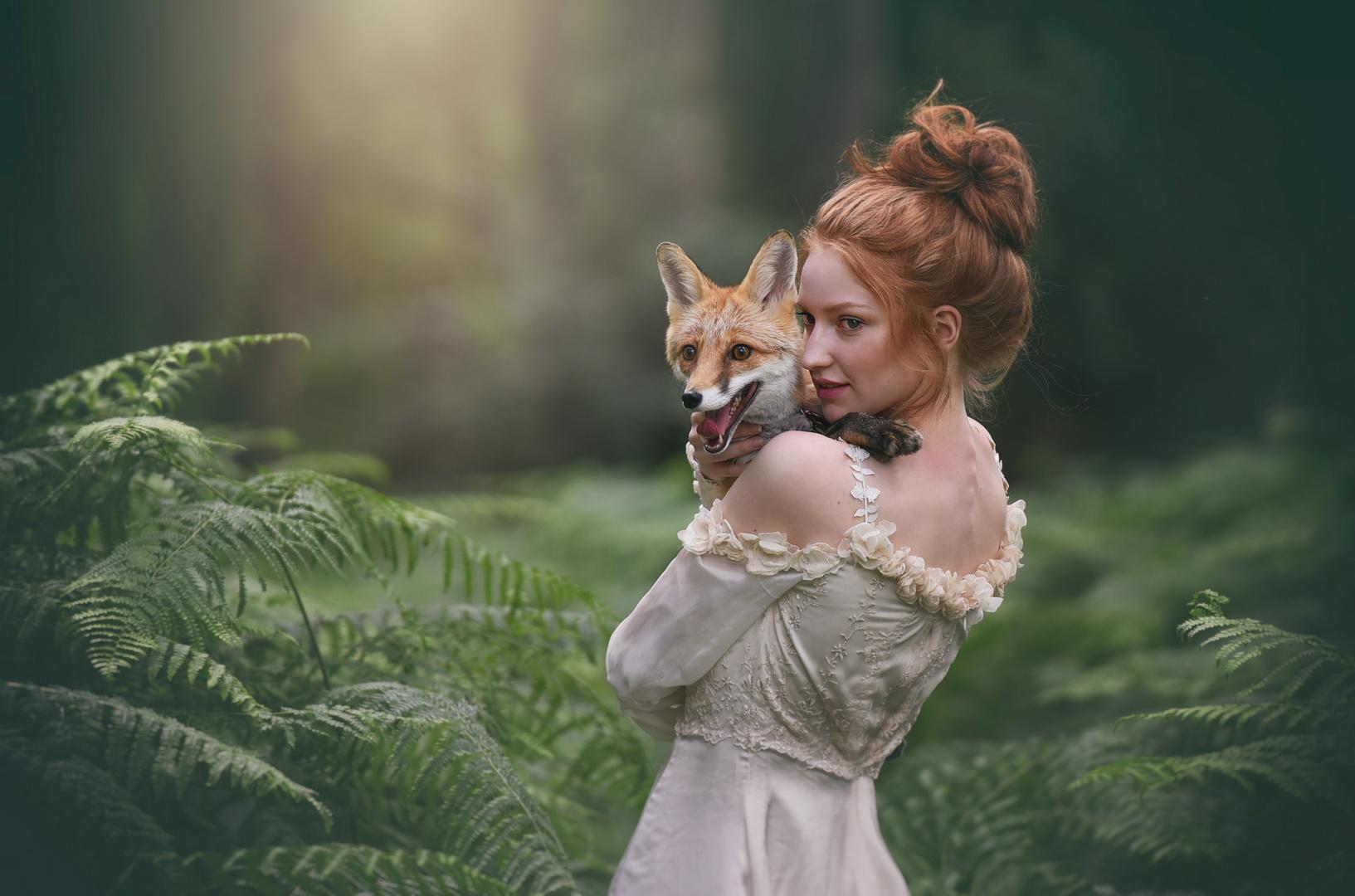 ~ Lara & Foxy ~