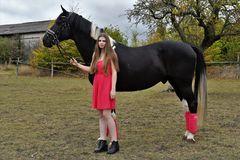 Lara und ihr Pferd Herkules 1