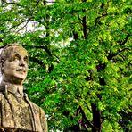 L'arbre et la statue