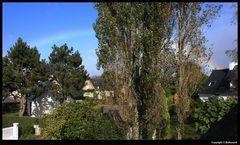 """"""" L'arc en ciel, dans un ciel bleu au dessus de mon quartier """""""