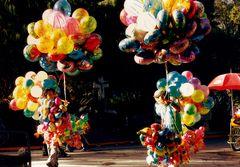 las ilusiones son como los globos no sabes cuanto les va a durar el gas.