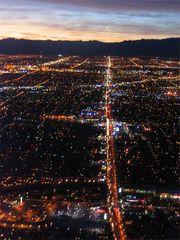 Las Vegas by night, Part 1