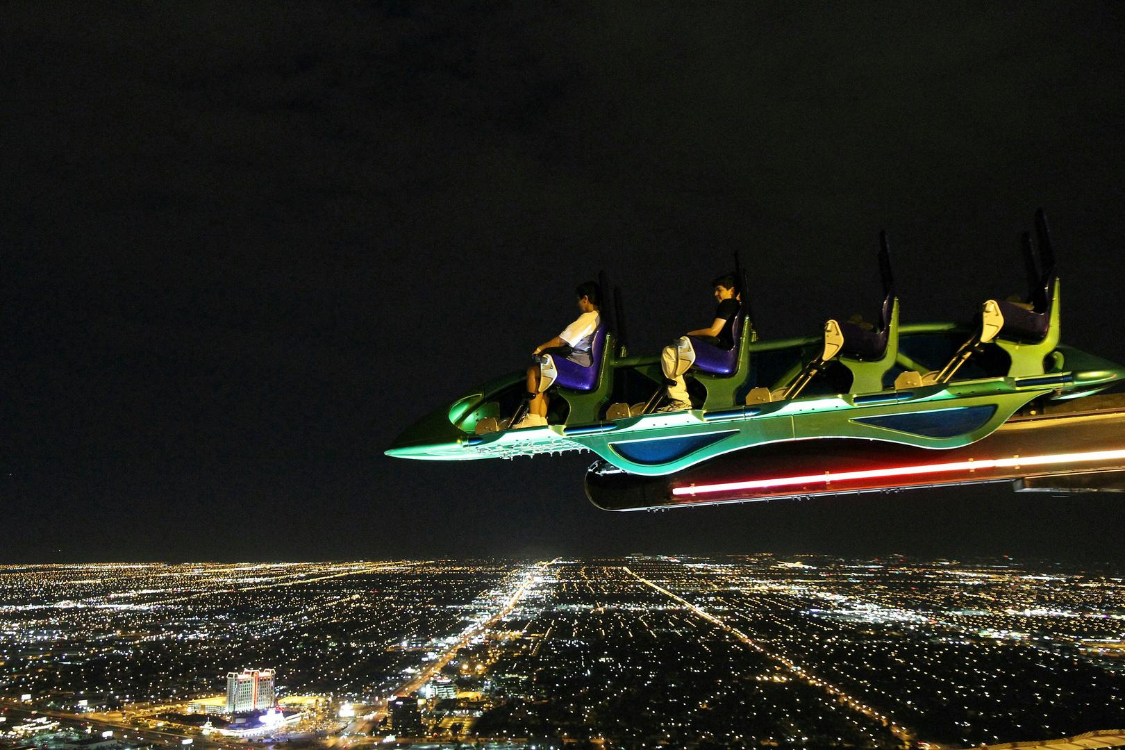 Las Vegas Stratosphere X Scream Ride Foto & Bild | north ...
