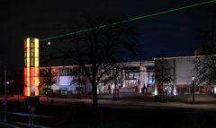 Laser, Mond - und Outlet