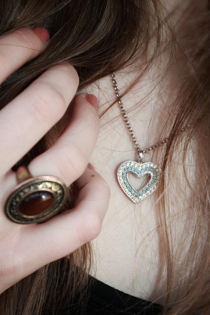 Lass die Liebe in dein Herz ..