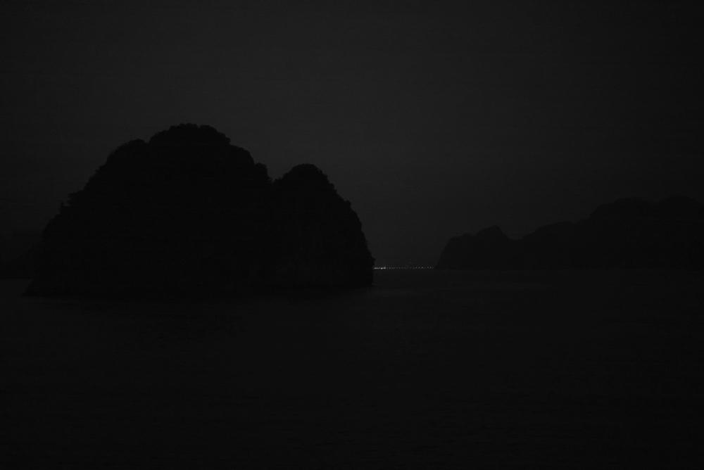 last light over halong bay