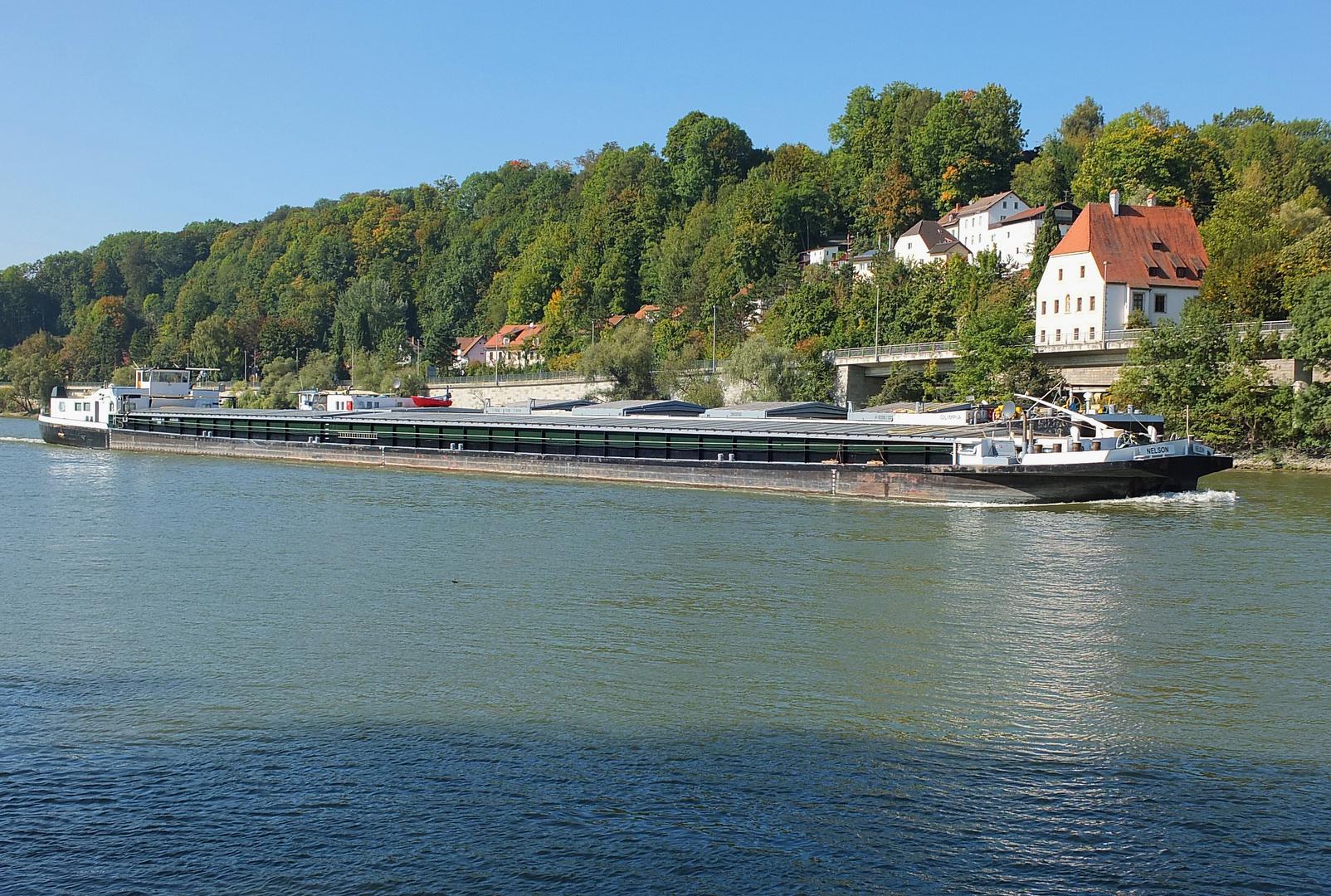 Lastkahn in Passau