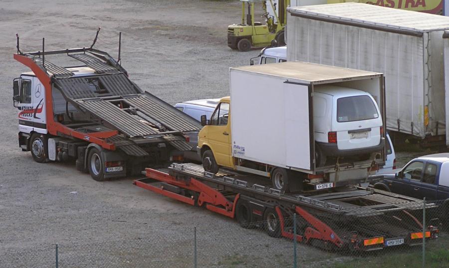 Lastwagen-Babuschka