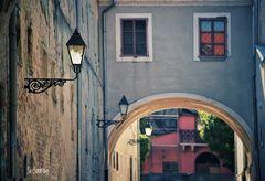 Laternen in einer sehr alten Stadt