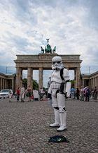 LatestNews - Stormtrooper besetzen Hauptstadt