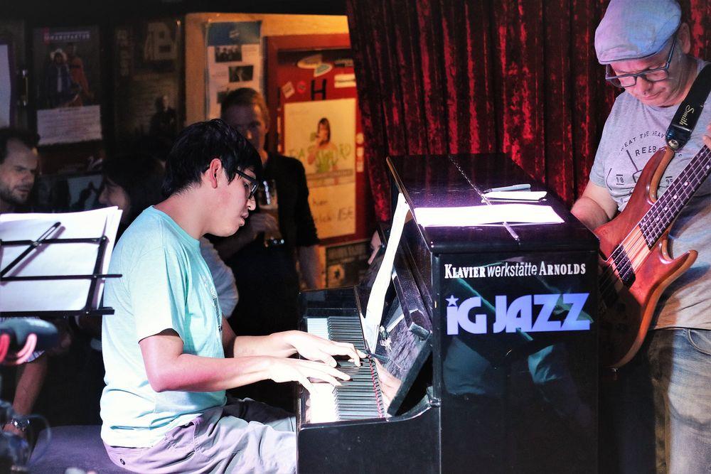 LATIN JAZZ Stgt Piano L-32