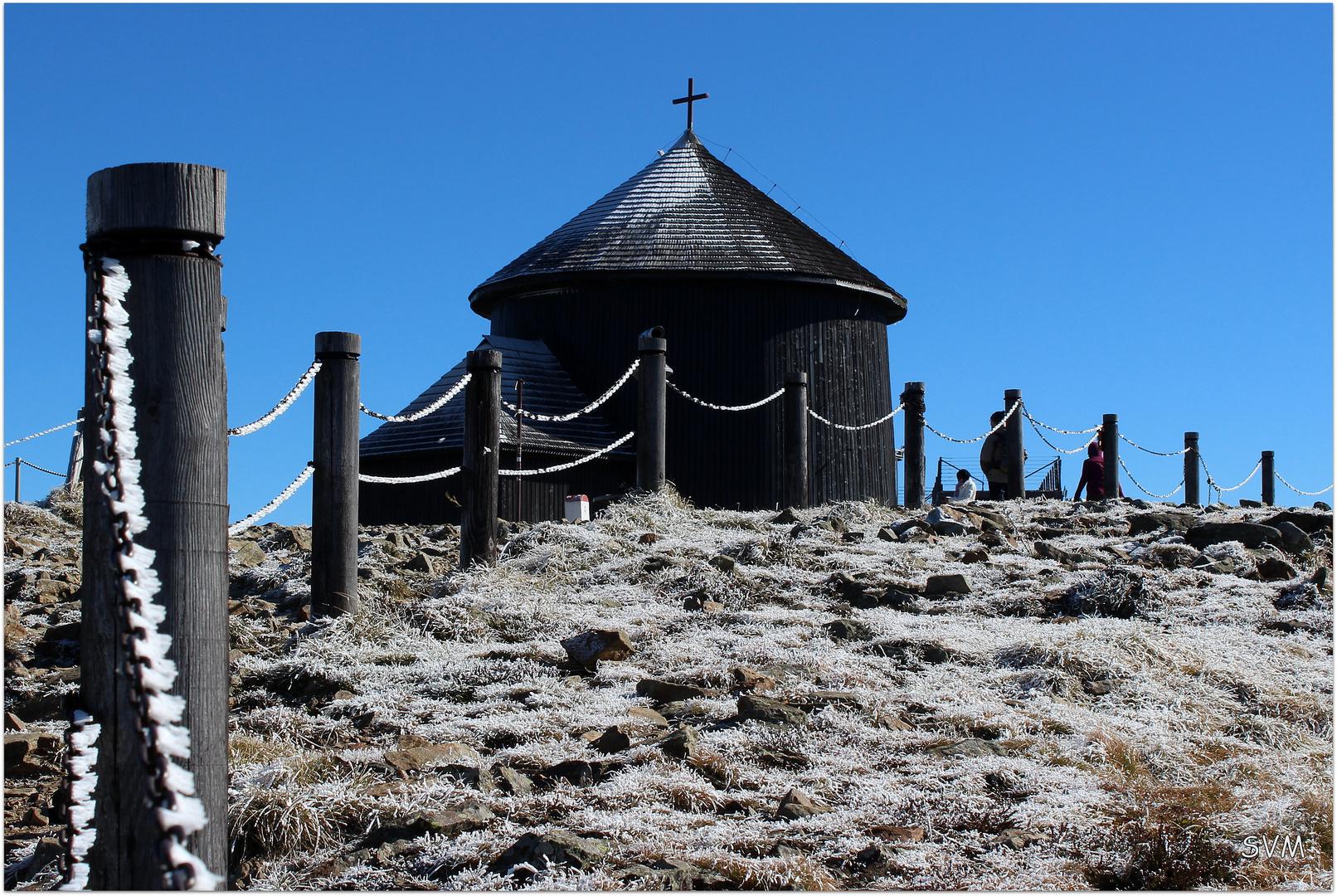 Laurentiuskapelle auf dem Gipfel der Schneekoppe