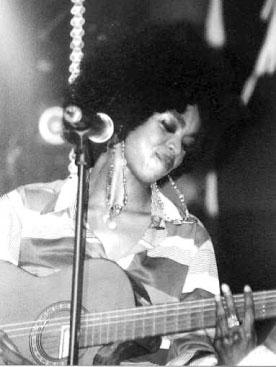 lauryn on stage