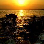 lavori al tramonto