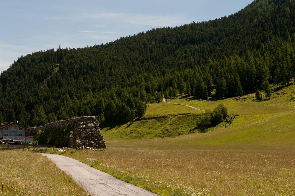 Lawinen-Schutzmauer in Galtür