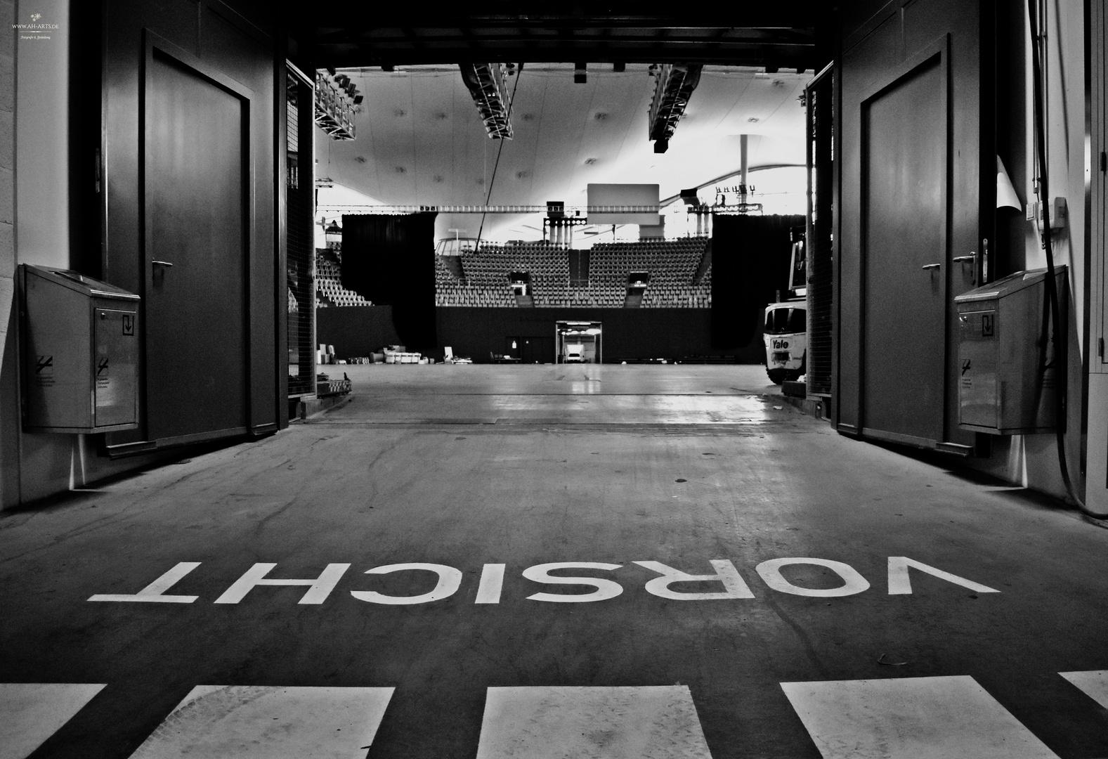 LD Olyhalle Backstage