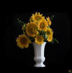 Le bouquet jaune .