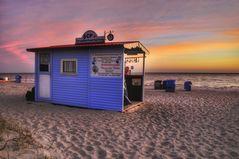 Le chalet de plage bleu