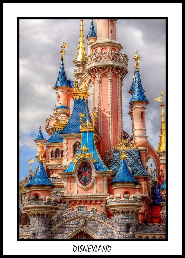 ...Le chateau de la belle au bois dormant...