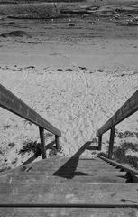 Le chemin (21).....cela mène à la plage!