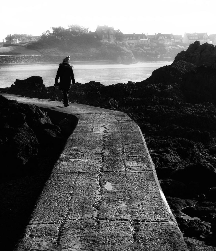 Le chemin (22)...... mène également directement à la mer!
