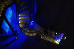 Le chemin à travers le bleu