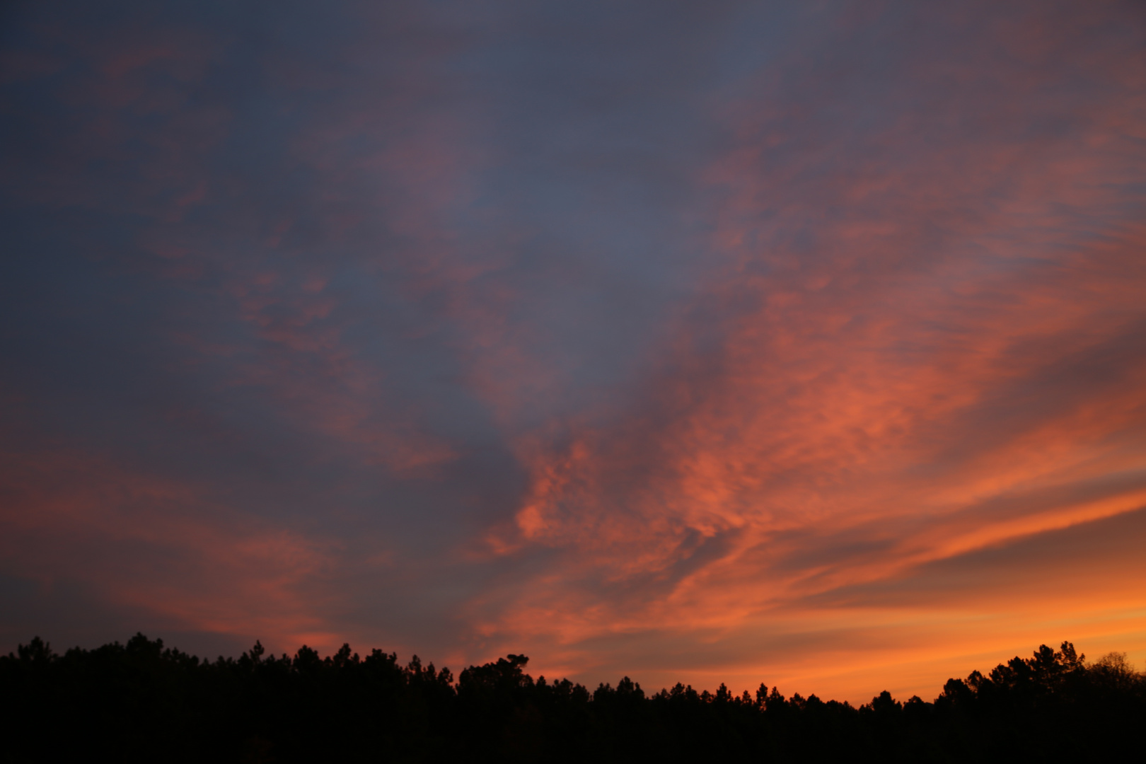 Le ciel est en feu ce matin N°1