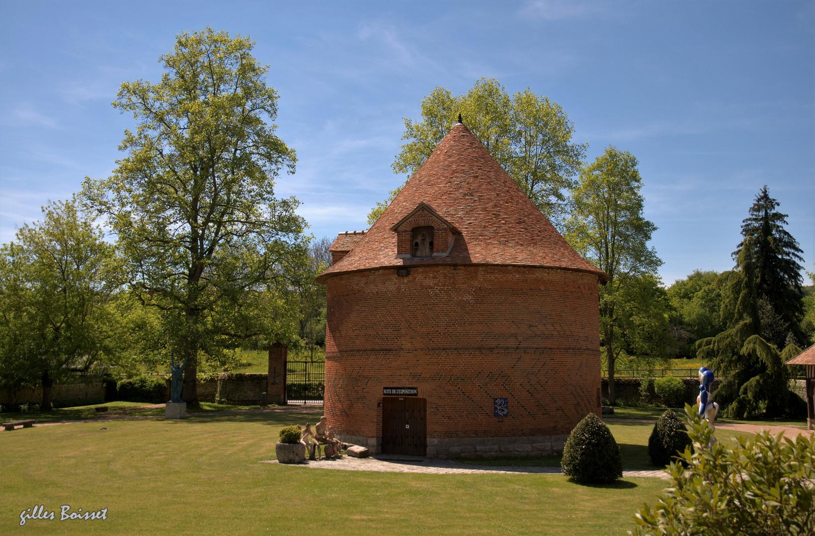 le colombier du château de Vascœuil