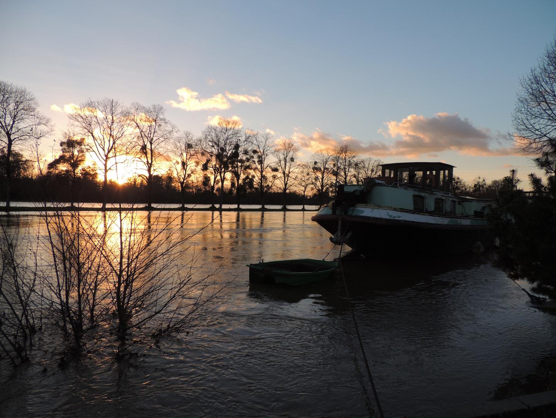 Le coucher du Canal de Nantes à Brest