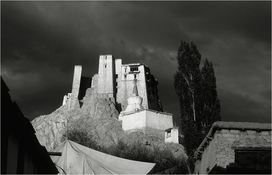 Le Fort de Leh en Ladakh après l'orage