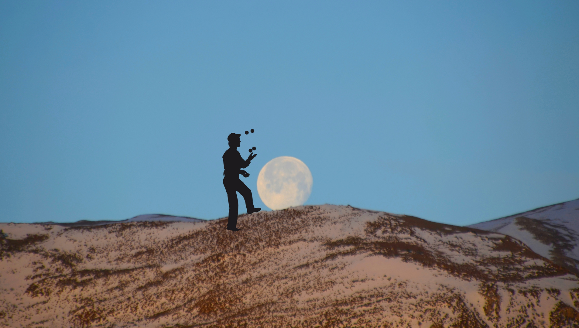 * le jongleur  de lune *